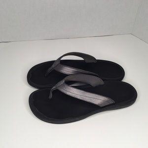 Olukai Haiku flip flops sandals.